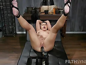Solo looker uses strong fuck machine in very resemble XXX action