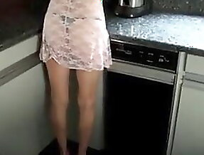 7316191 housewife