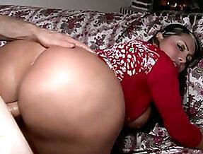Perfect slut with hot body Sandra enjoys riding hard penis